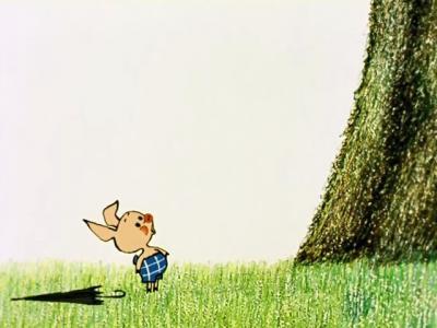 Винни Пух. Пятачок стоит у дерева.