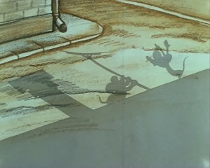 Тень мышей, трубы и антенны